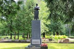 7. Памятник героям Освободительной войны 1918-1920 гг. в Тудулинна. 23.07 .2013.